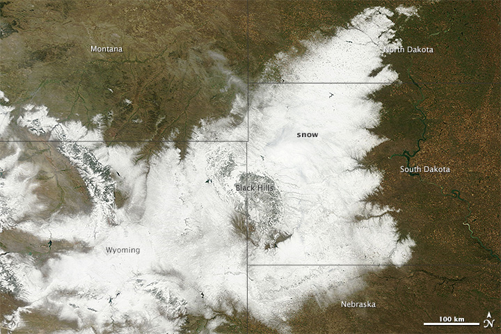 NASA image courtesy of the LANCE/EOSDIS MODIS Rapid Response Team at NASA GSFC. Caption by Adam Voiland.